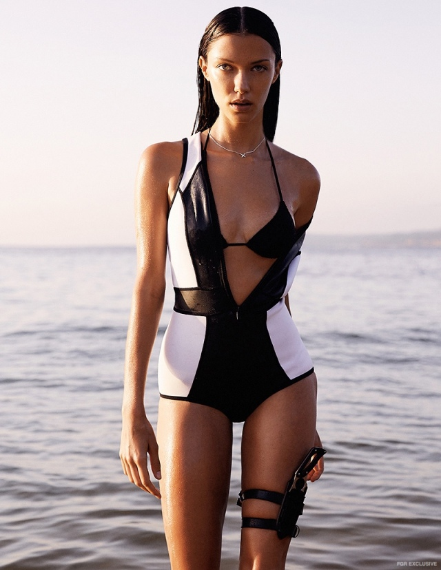 Anna-Christina-Schwartz-Swimsuit-Fashion-Shoot01